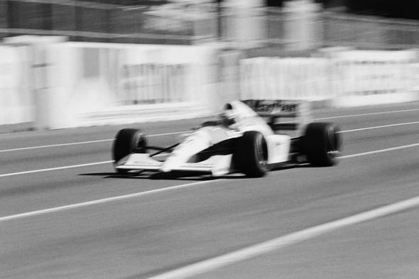 Ayrton Senna na temporada de 1991, pela McLaren, ano que se consagraria tricampeão mundial de Fórmula 1 (Foto: Stuart Seeger/Creative Commons)