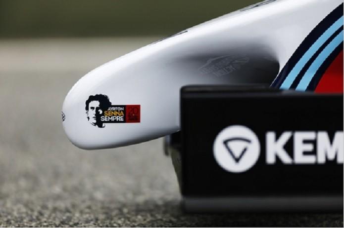 Carros da Williams fazem homenagem a Ayrton Senna 7a41e41861de3